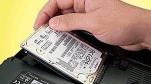 ازالة القرص الصلب من جهاز كمبيوتر محمول