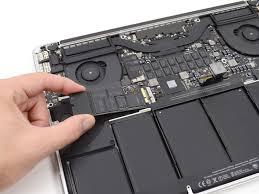 ازالة القرص الصلب من MacBook أو MacBook Air أو MacBook Pro