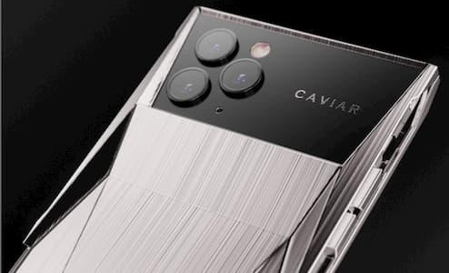 الكشف عن Caviar Cyberphone - جهاز iPhone 11 Pro معدل من شركة تيسلا